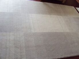 100% wool rug in cream and taupe 160 x 230cm
