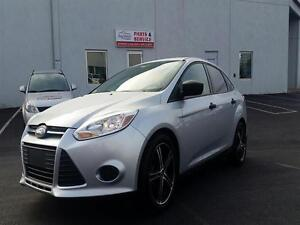 2012 Ford Focus S   AUTO   AC   POWER PACK   CLEAN   50MPG