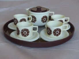 Bambola plastic children's tea set
