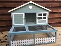 Rabbit/guinea pig hut