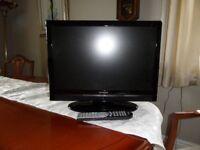 Hitachi 19 inch television DVD, Freeview USB HDMI