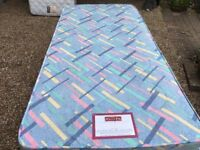 "3"" Dorlux Single Bed with Draws - Clean Mattress - No Marks or Stains"
