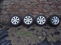 4 Range Rover Evoque Wheels and Tyres 235/60/18 Mint cond covered 3500 miles only