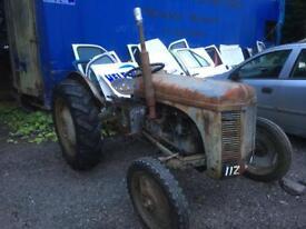 Tvo spares vintage tractor ford Massey John Deere