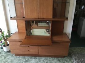 Dining room sideboard unit