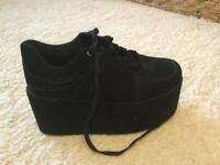 Funky Dory Size 6 Velvet effect platform shoes - excellent condition, worn once!