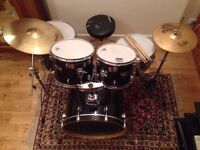 Full Mapex V Series Drum Kit with Sabian hats and Pearl Snare