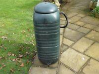 WATER BUTT & dustbin