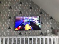 """Hisence 55"""" smart led tv spares or repairs"""