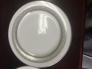 12 Dinner plate with pattern Elegant Round  Dinner Plates, White and Silver
