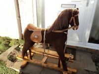 Mama Papas Rocking Horse