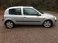 FOR SALE: Renault Clio Diesel
