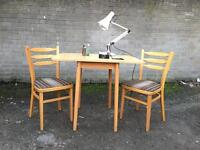 VINTAGE TABLE AND CHAIRS FREE DELIVERY RETRO VINTAGE MIDCENTURY 🇬🇧