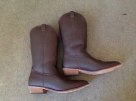Vegetarian Shoes Cowgirl Boots Size 6.5