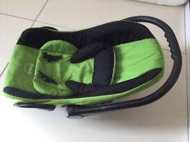 Used baby car seat available for FREE to collect from Chapel Gate, Basingstoke - RG21 6BJ.