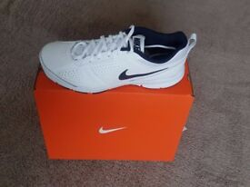 Nike T-Lite XI Multisport Trainers - Size 8.5