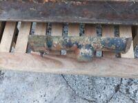 few pieces of cast iron guttering suit restoration project