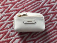 AUTHENTIC TOM FORD SOLEIL WHITE LEATHER WASH BAG COSMETIC NEW TAGS