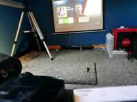 Xbox 1s 1TB (white) with Fifa 18 + controller + projector,screen, gaming chair, and sound bar.
