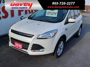2015 Ford Escape SE LEATHER HEATED SEATS, SUNROOF, BACK UP CA...