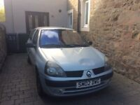 2002 5 door Clio, one owner since 2003, low mileage and for repair or for parts