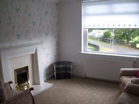WELL PRESENTED 2 BEDROOM UPPER COTTAGE FLAT