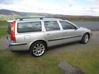 Volvo V70 2.5 T Sport. Petrol, manual, superb condition.