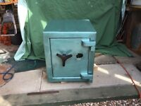 Heavy duty steel safe