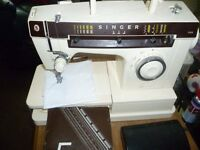 Singer sewing machine with decorative stitches