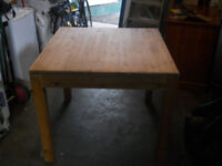 PINE SQUARE TABLE AND 2 CHAIRS