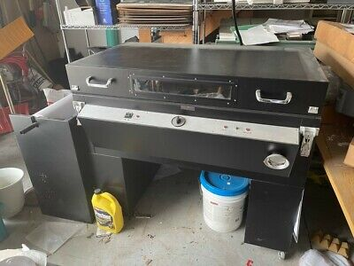 Sign Machine Plastic Signs Vacuum Forming Heat Based. Used Only A Few Times.