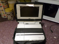 "CAR/HOME 7"" PORTABLE DVD PLAYER WITH CARRY CASE"