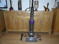 Dyson DC40 Animal Vacuum Cleaner- 5 Year Guarantee ONLY 1 WEEKS OLD BROUGHT FROM ARGOS FOR £364
