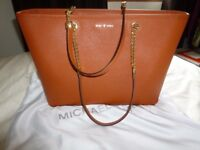 UNUSED MICHAEL KORS LARGE HANDBAG