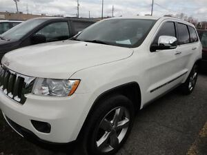 2012 Jeep Grand Cherokee Overland*V6* PANORAMIC ROOF*TOW PACKAGE