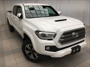 2017 Toyota Tacoma SR5 Double Cab: Bluetooth, Reverse Camera.