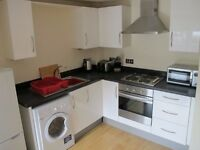 One Bedroom Flat to Rent in Branksome Wood Road