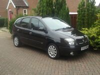2002 Renault Scenic 1.4 16v, manual, years mot, excellent condition..................
