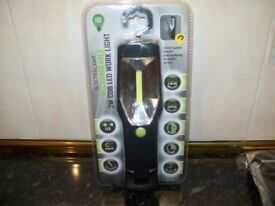 BRAND NEW RECHARGEABLE WORK LIGHT