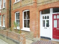 Beautiful 2 Bed Garden Flat Perfect For Sharers, Unfurnished Close To Queenstown Rd Station & Shops