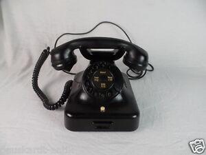 Antikes schwarzes Telefon mit Wählscheibe W 38 RFT Polizei DRK Feuerwehr