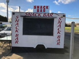 Snack Bar and Storage Room to Let