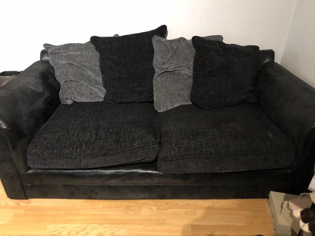 Free Sofa Notting Hill