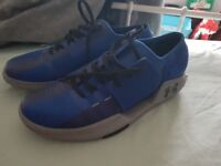 Under Armour Mens Running Trainers Size 10