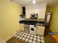 Studio flat in Sir Harrys Road, Birmingham, B5 (#1093458)