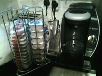 Bosch Tassimo machine with pods and holder