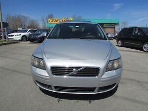 2007 Volvo S40 2.4i A MAGS TOIT A/C CRUISE TRES PROPRE!!