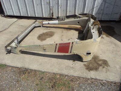 CESSNA 172A SN-47641 FORWARD WING/CARRY/THROUGH STRUCTURE W/ DOOR/POSTS.