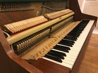 Bentley Six Octave Piano