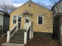 Well kept 2 bedroom bungalow walking distance to downtown